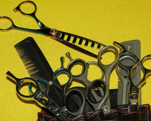 hairdresser-scissors-combs-hairstyle